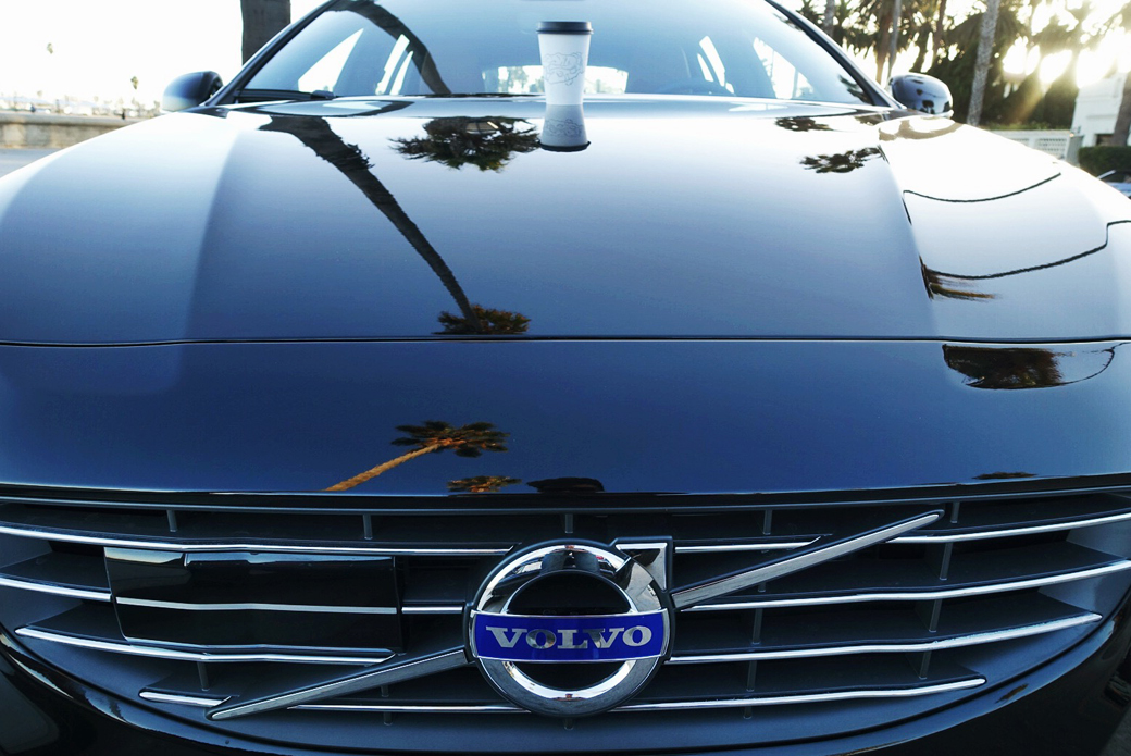 Volvo Joyride: Bloggers in Cars Getting Coffee